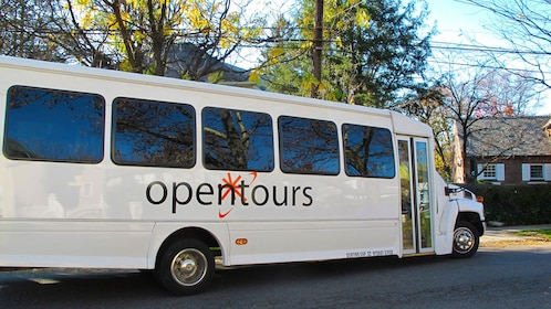 Open Tours sightseeing bus in New York