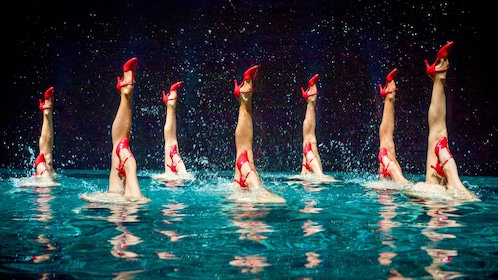 Synchronized swimmers performing at Le Rêve The Dream at the Wynn Las Vegas