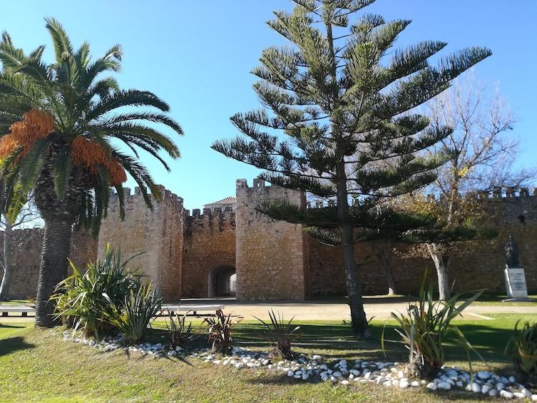 Foto 2 von 8 laden Best of West: Silves, Foia, Lagos & Sagres Day Tour