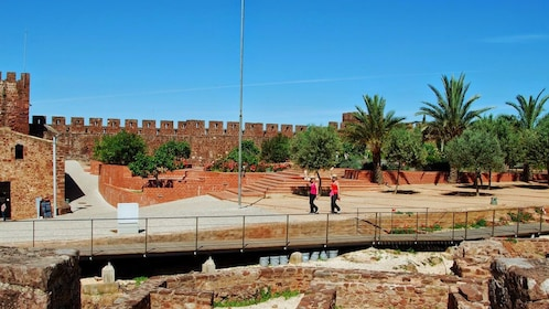 Pair of women at the Silves Castle in Silves