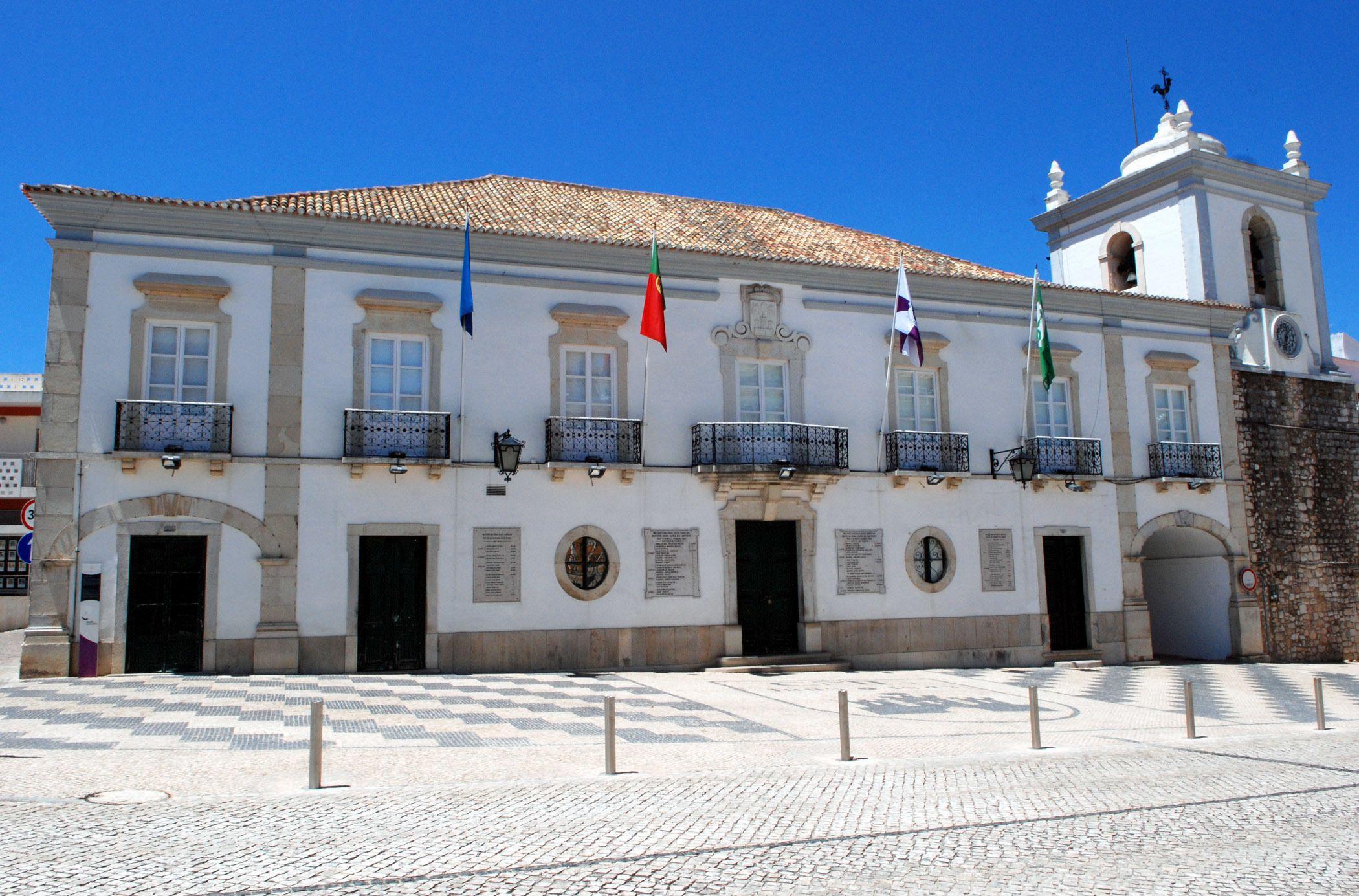 Loule_-_Portugal_-_panoramio_(2).jpg