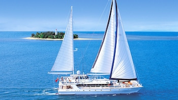 Wavedancer Low Isles Cruise on Luxury Sailing Catamaran