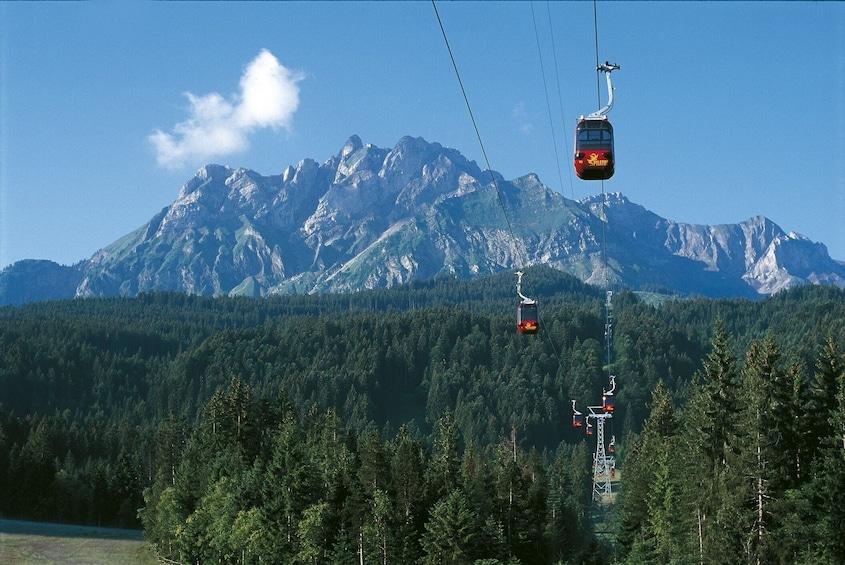 Foto 4 von 8 laden Mount Pilatus & Lucerne Day Trip from Zurich