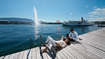 Geneva City Tour & Boat Cruise