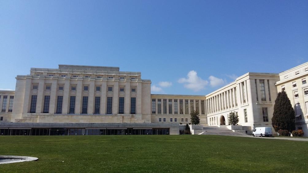 Foto 5 von 10 laden Geneva City Center & Old Town Tour