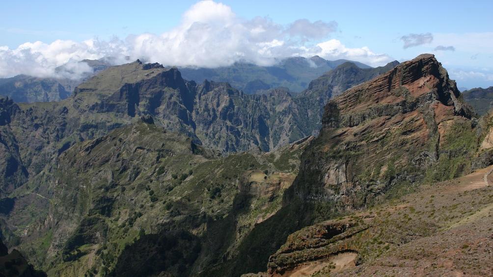 Rocky mountain peaks in Santana
