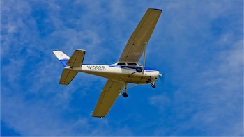 Introduction to Flying with FAA Instructor & City Tour