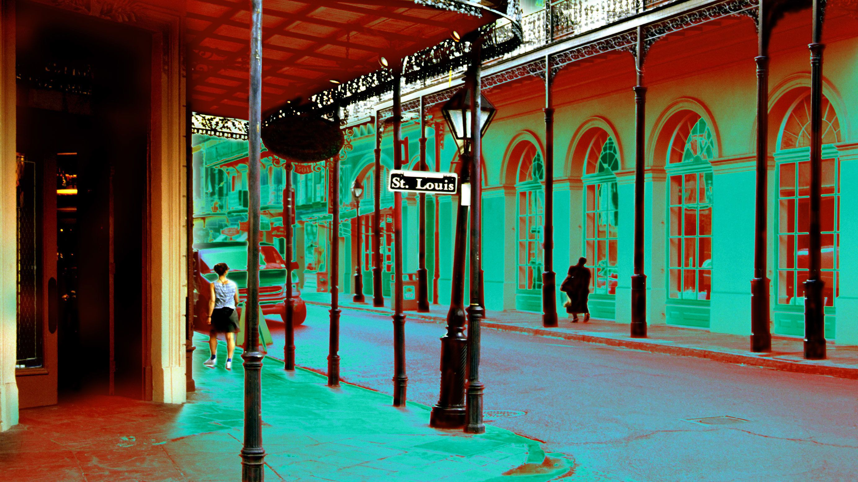 Ghosts & Vampires French Quarter Walking Tour