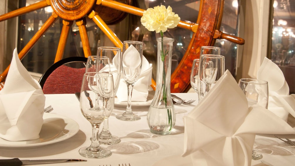 Close view of the table setting on the Steamboat Natchez Daytime Jazz Cruise in New Orleans