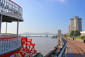 Sunday Riverboat Jazz Cruise