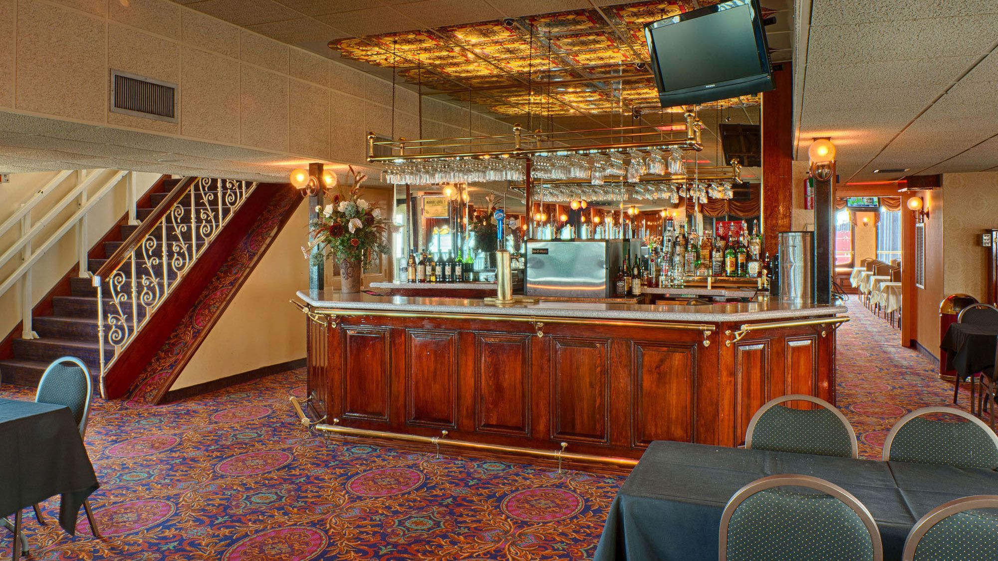 riverboat seating area and bar in New Orleans