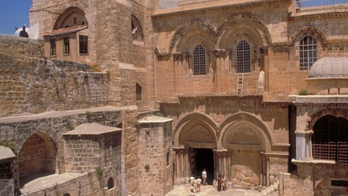 courtyard of the holy sepulcher in Jerusalem