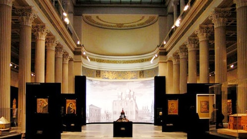 Halls within the Pushkin Museum of Fine Arts
