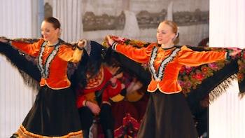 Russian Folk Show & Buffet Dinner