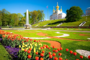 Peterhof Palace & Gardens Trip with boat ride