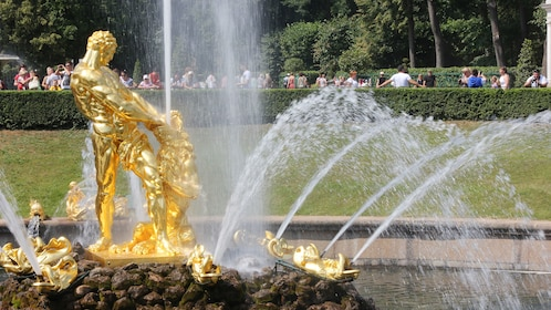 gold fountain piece at the Peterhof Palace in Saint Petersburg
