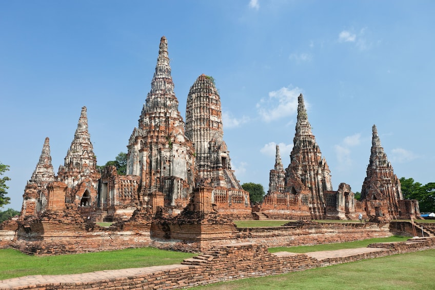 Foto 3 van 11. Ayutthaya Ancient Capital with River Cruise, Lunch & Palace