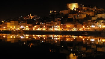City by Night with Fado Show & Dinner