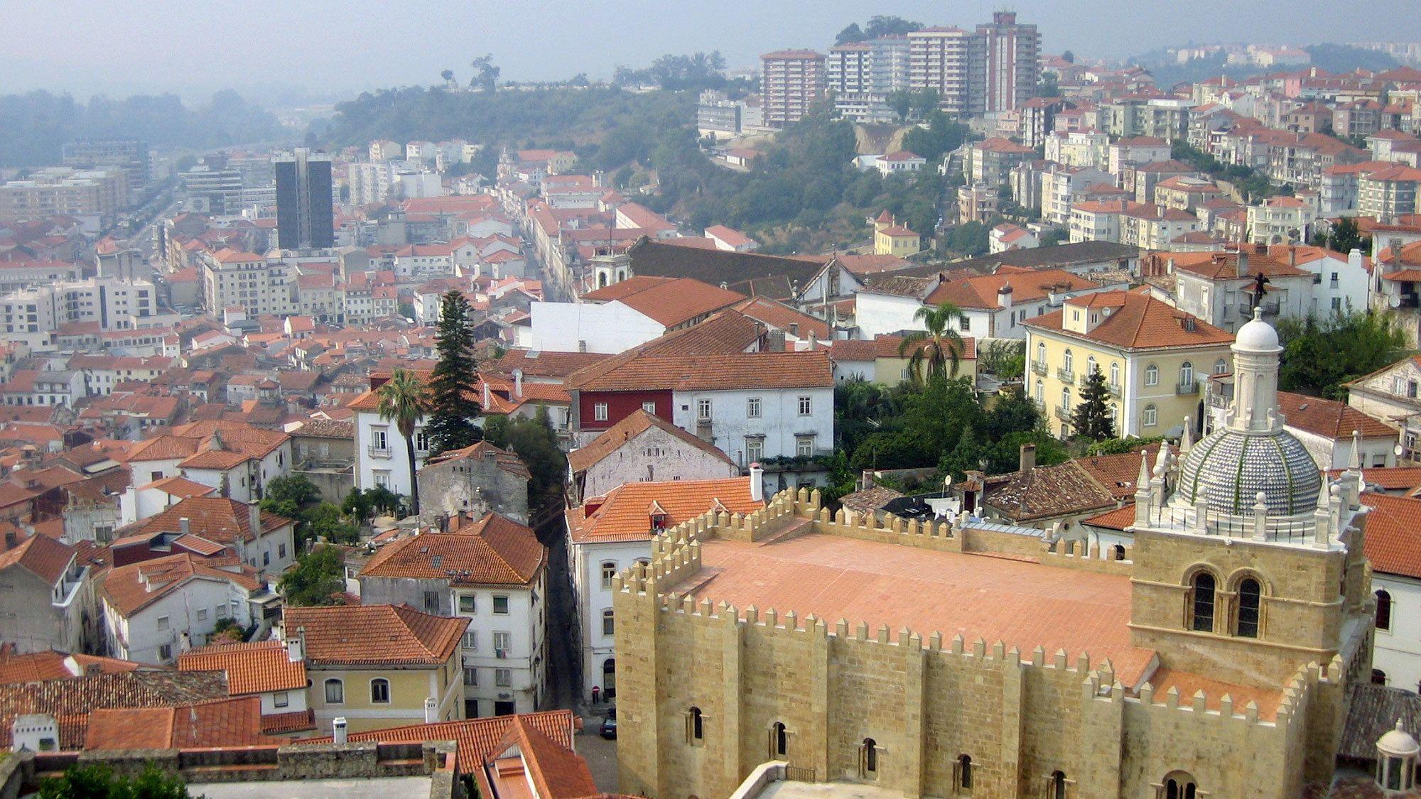 Koko päivän kiertomatka Aveiroon ja Coimbraan