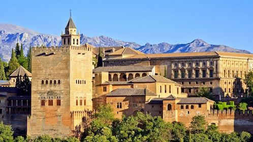 fortified historical establishments in Granada