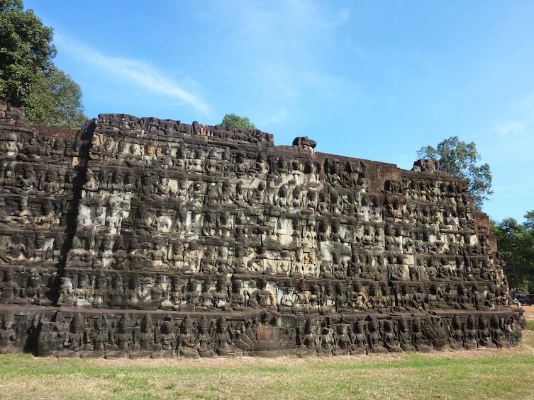 Apri foto 4 di 9. Private Angkor Wat & Royal Temples Excursion
