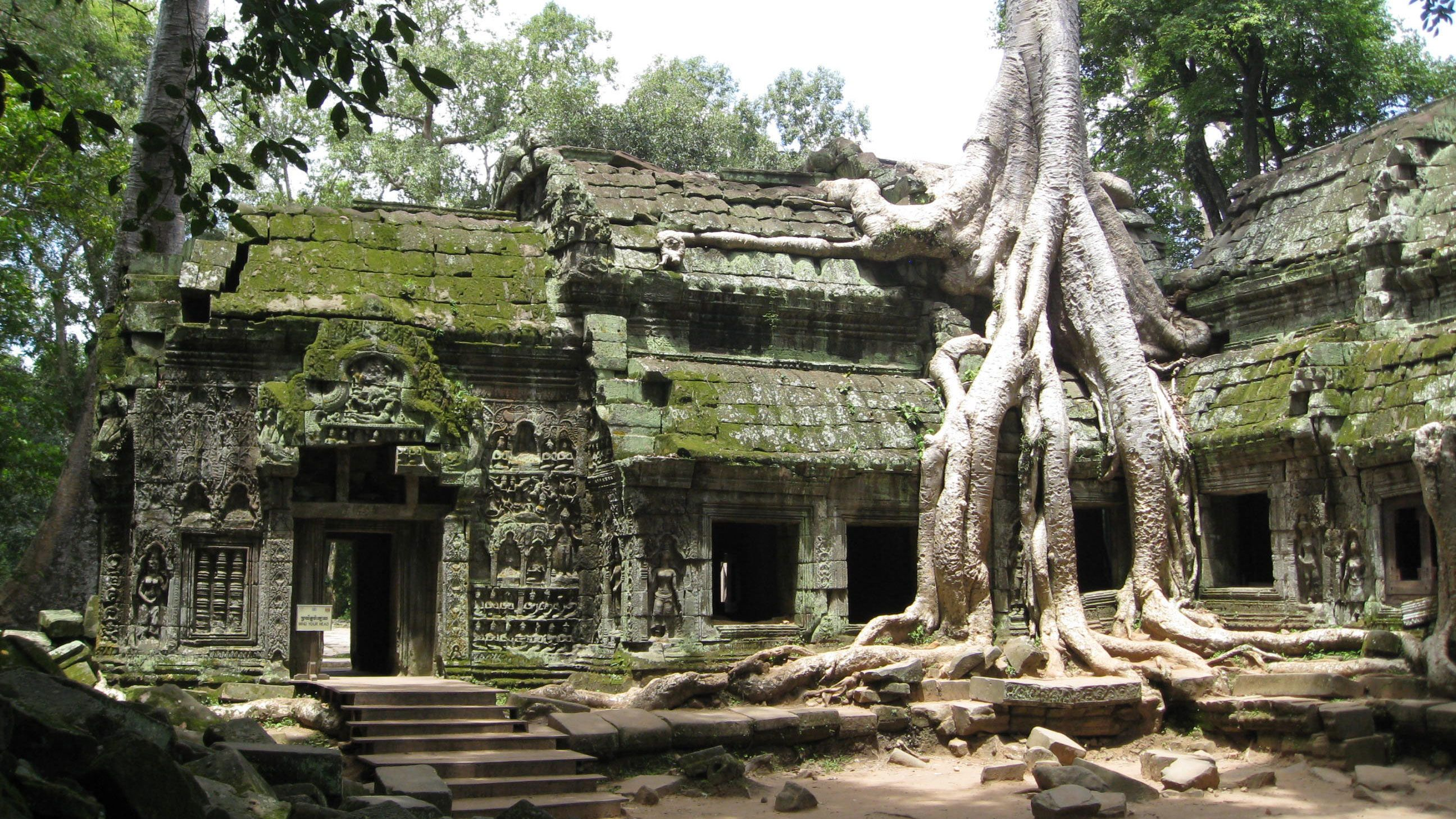 View of an ancient temple in Siem Reap