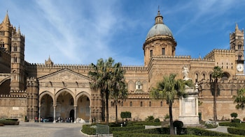 Tour di Palermo e Cefalù con partenza da Taormina