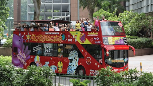 red double decker hop on hop off bus in singapore