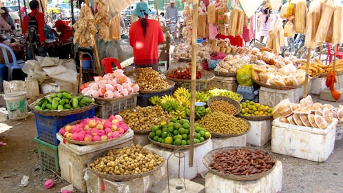 Street market view of the countryside in Siem Reap