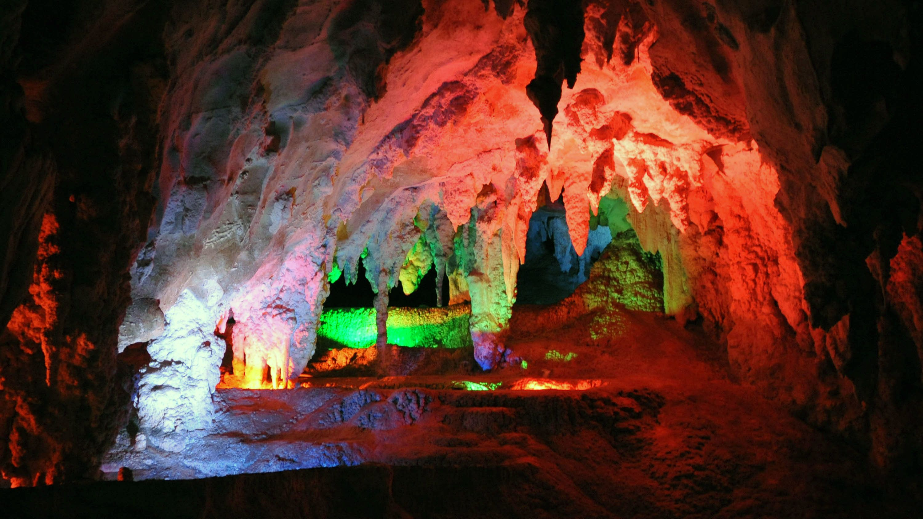 Breathtaking view of the Jenolan Caves