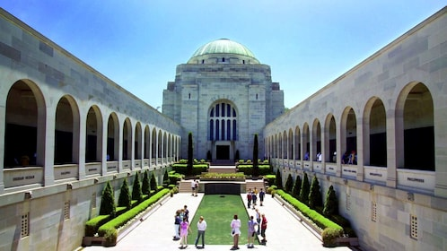 Wonderful view of the Australian War Memorial in Australia
