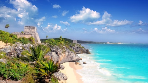 Ruins of Tulum overlooking the coastline