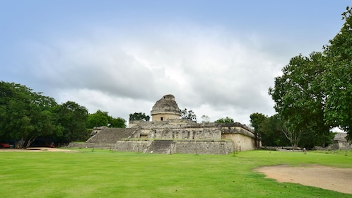 The El Caracol observatory temple at Chichen Itza