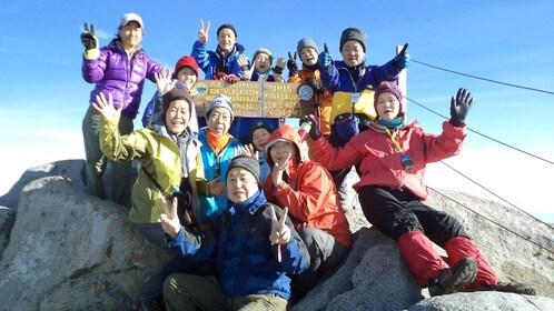 hiking group in kota kinabalu