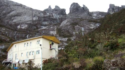 mountain view in kota kinabalu
