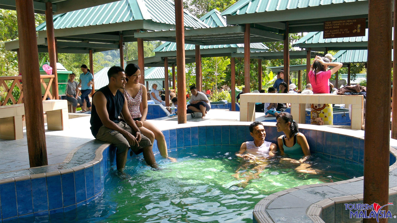 Private Kinabalu Park & Poring Hot Springs Full-Day Venture