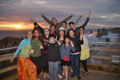 Group 12 Apostles Sunset.jpg