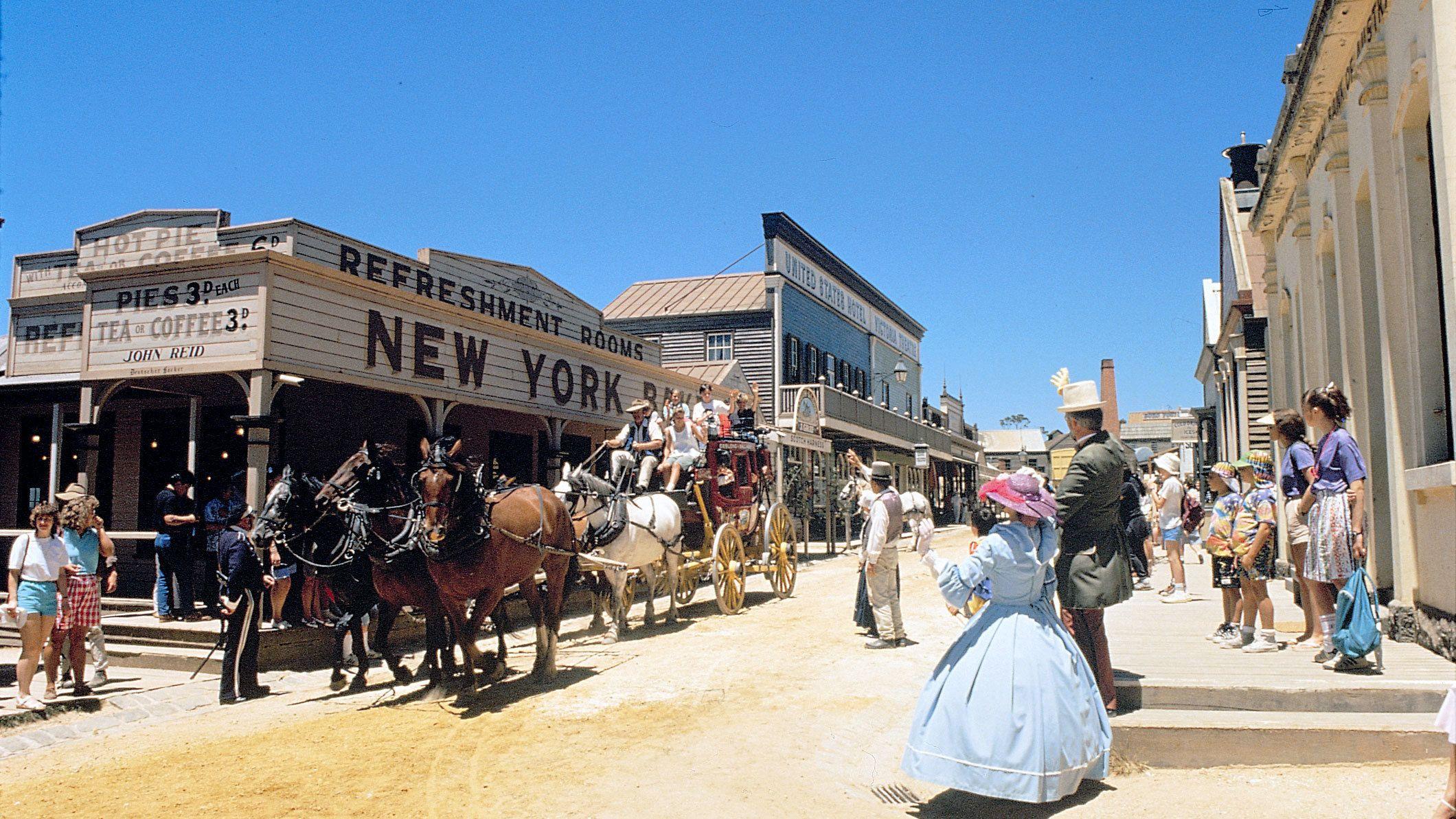 Sovereign Hill & Ballarat Tour from Melbourne