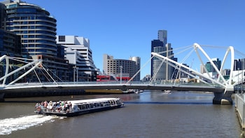 Melbourne City Highlights Cruise