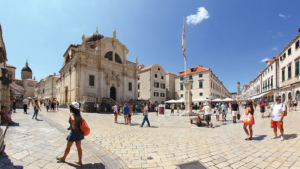 Exploring the historic city of Dubrovnik
