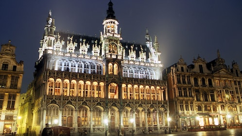 Brilliant view of the Grand Place at night in Brussels