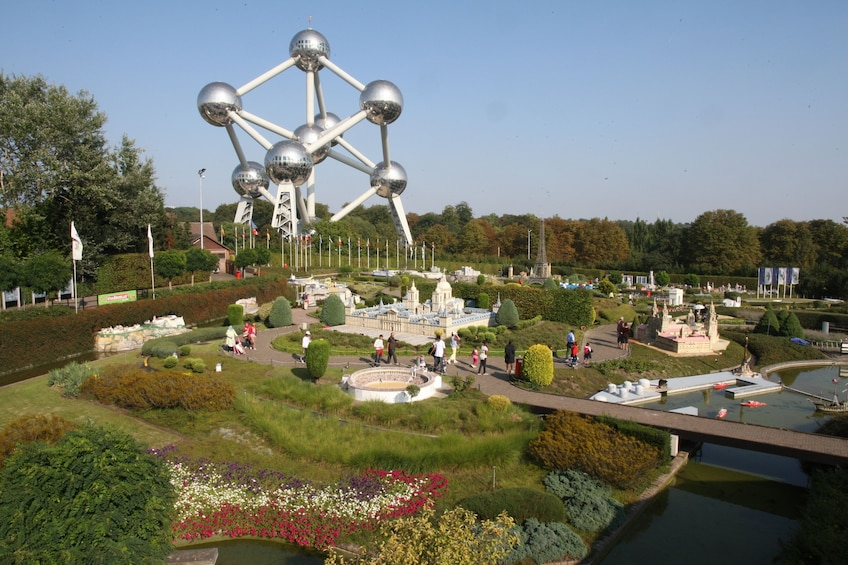 Foto 1 van 7. Mini-Europe Miniature Model Park