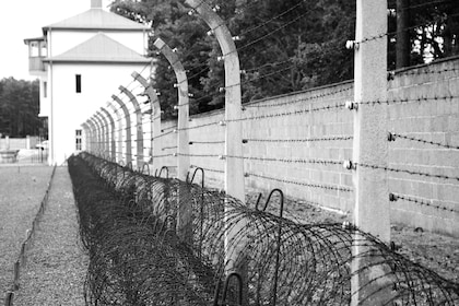 Sachsenhausen Concentration Camp Memorial Full-Day Tour