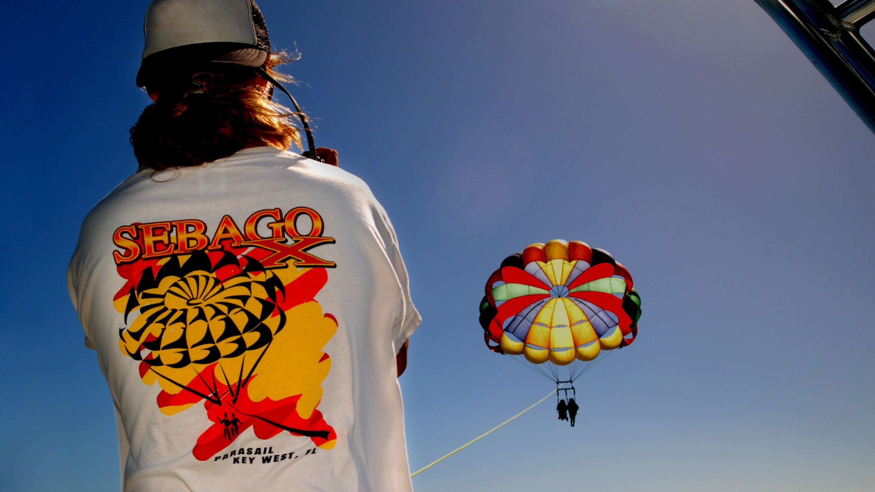 Watching parasailers in the sky at Key West