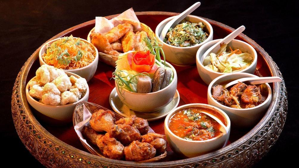 Apri foto 5 di 5. Selection of dinner foods in Chiang Mai