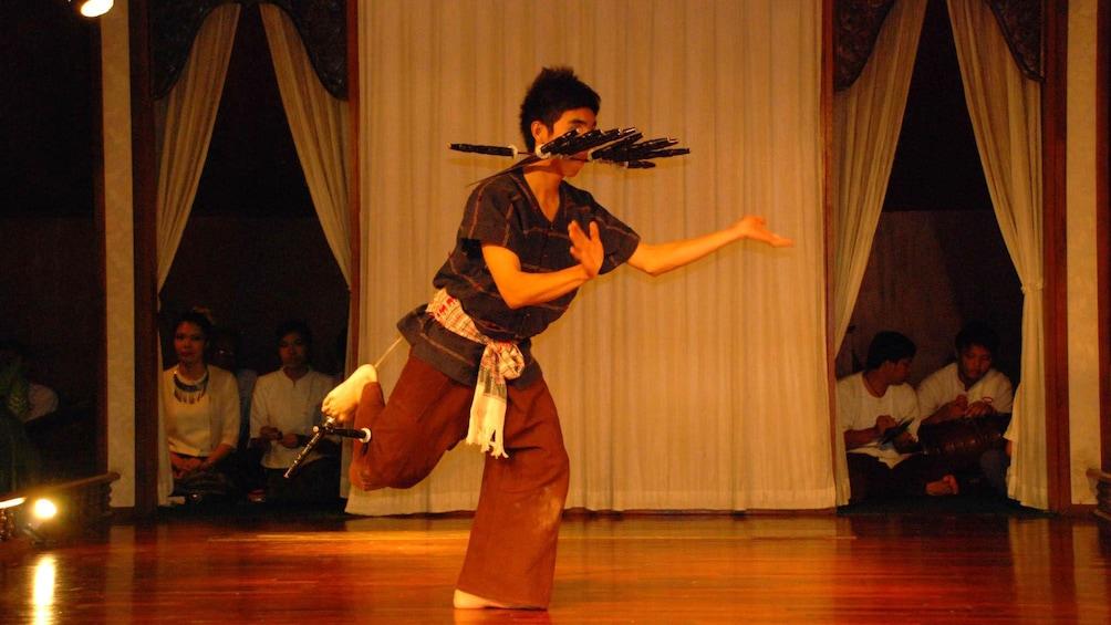 正在顯示第 2 張相片,共 5 張。 Performers in dinner show in Chiang Mai