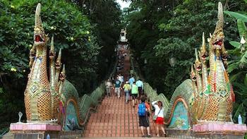 Wat Doi Suthep & Hmong Hill-Tribe Village