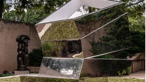 sculpturegarden.png