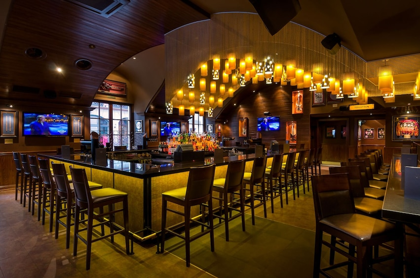 Ver elemento 3 de 10. Hard Rock Cafe Munich Dining with Priority Seating