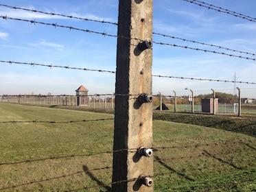 Auschwitz-Birkenau tour7.jpg